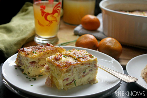 Country-style bacon, apple and cheese egg bake