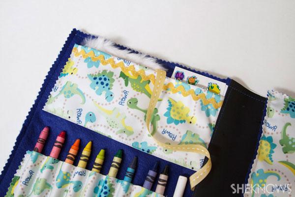 DIY Chalkboard lap mat for kids 10