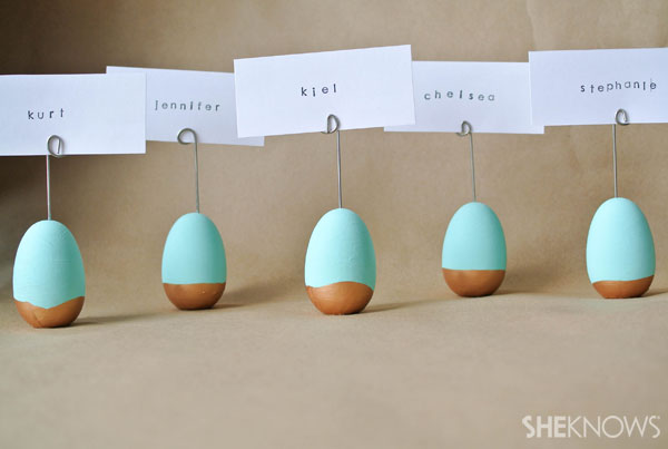 DYI Easter egg place card holders: Put it all together
