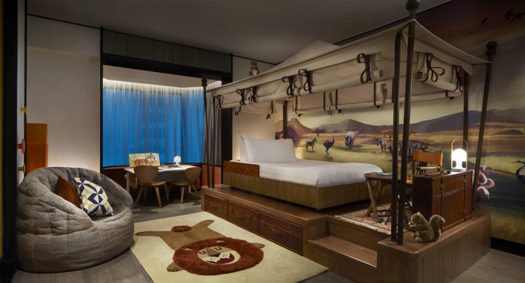 Shangri-La Hotel Safari Room