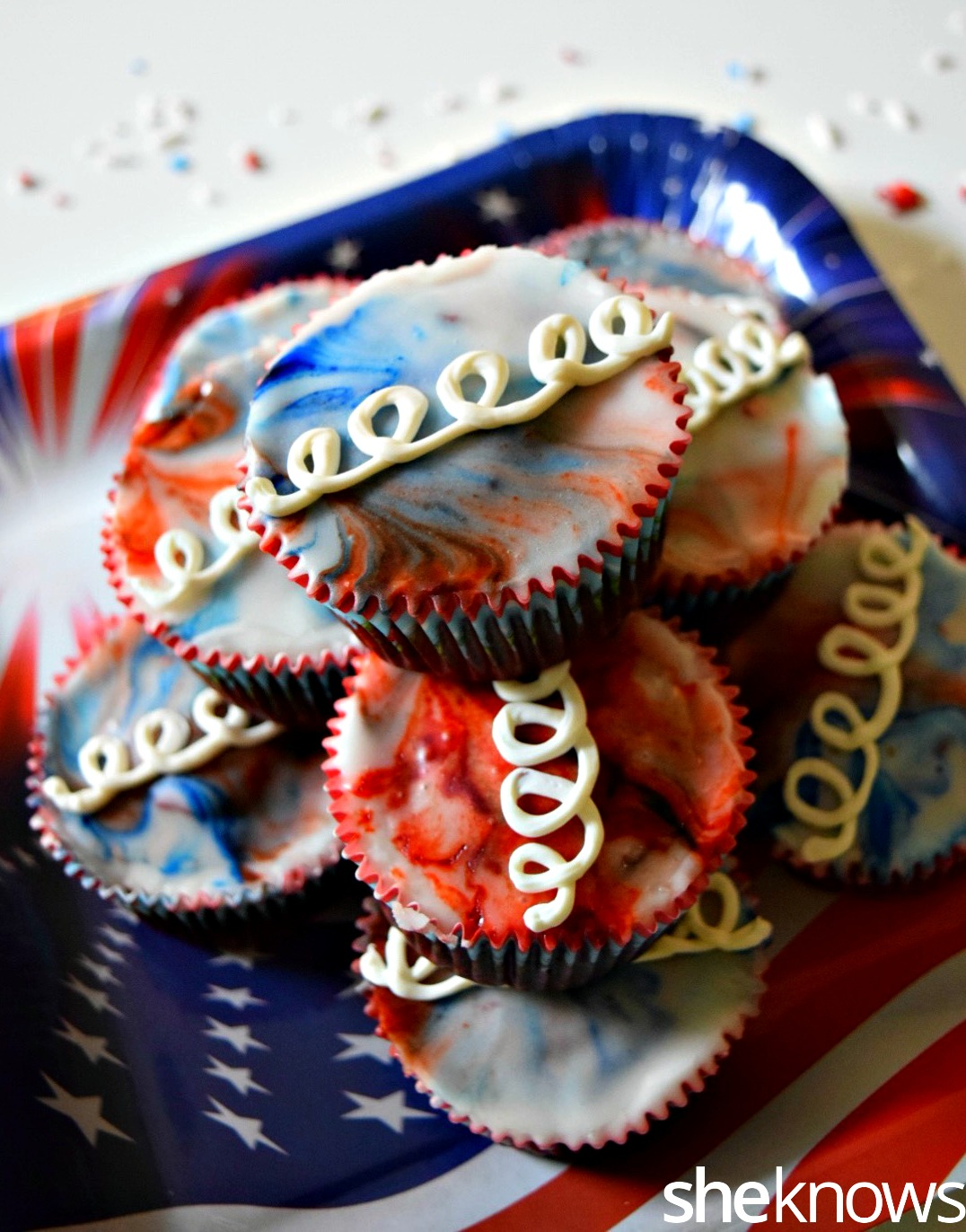 red white blue hostess cupcakes 2