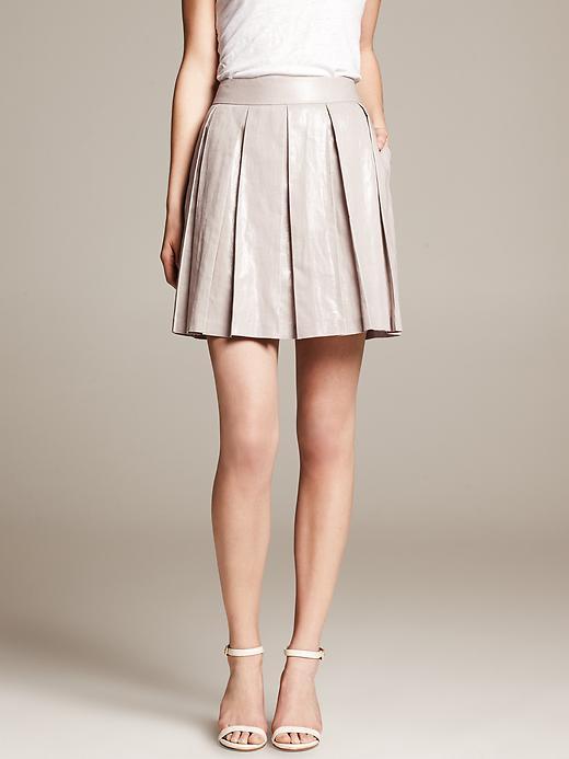 F = Full skirts | Sheknows.com