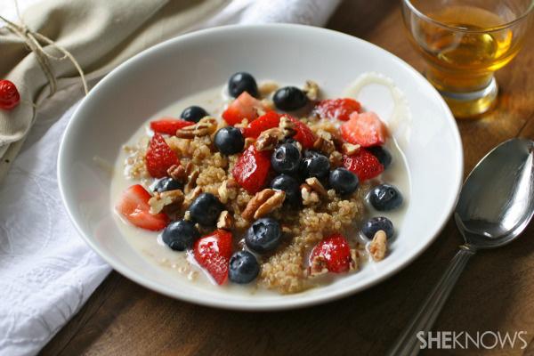 Gluten-free Friday: Cinnamon breakfast quinoa with berries & nuts