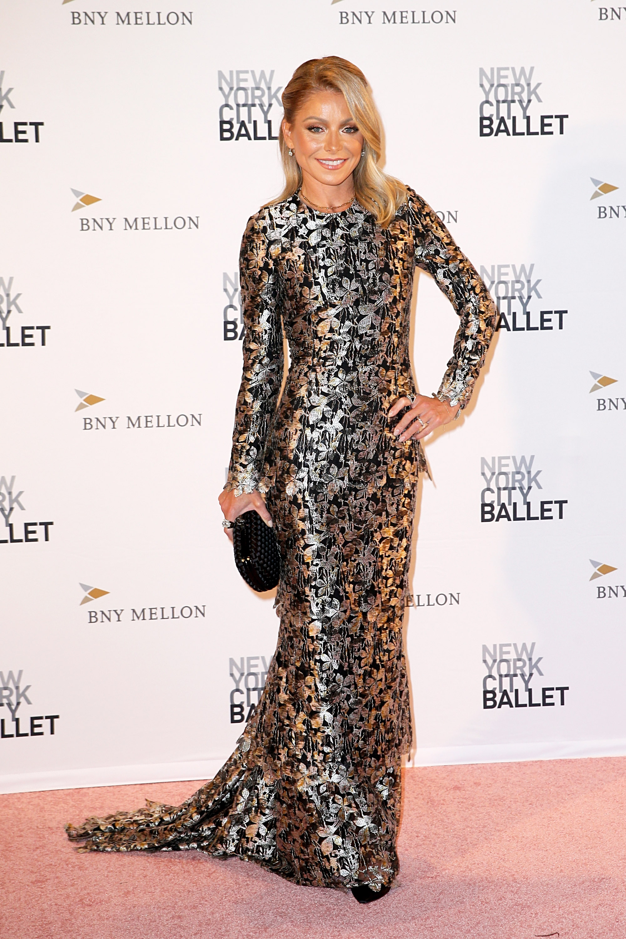 NEW YORK, NY - SEPTEMBER 27: Kelly Ripa attends the New York City Ballet 2018 Fall Fashion Gala at David H. Koch Theater at Lincoln Center on September 27, 2018 in New York City. (Photo by Dominik Bindl/Getty Images)