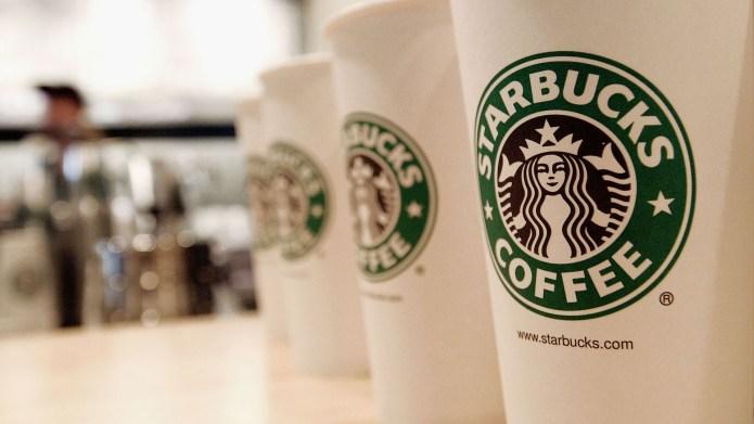 photo of starbucks coffee cups