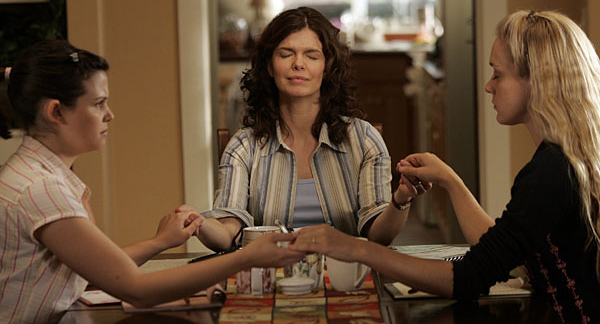 HBO's mega hit stars Ginnifer, Jeanne Tripplehorn and Chloe Svengni