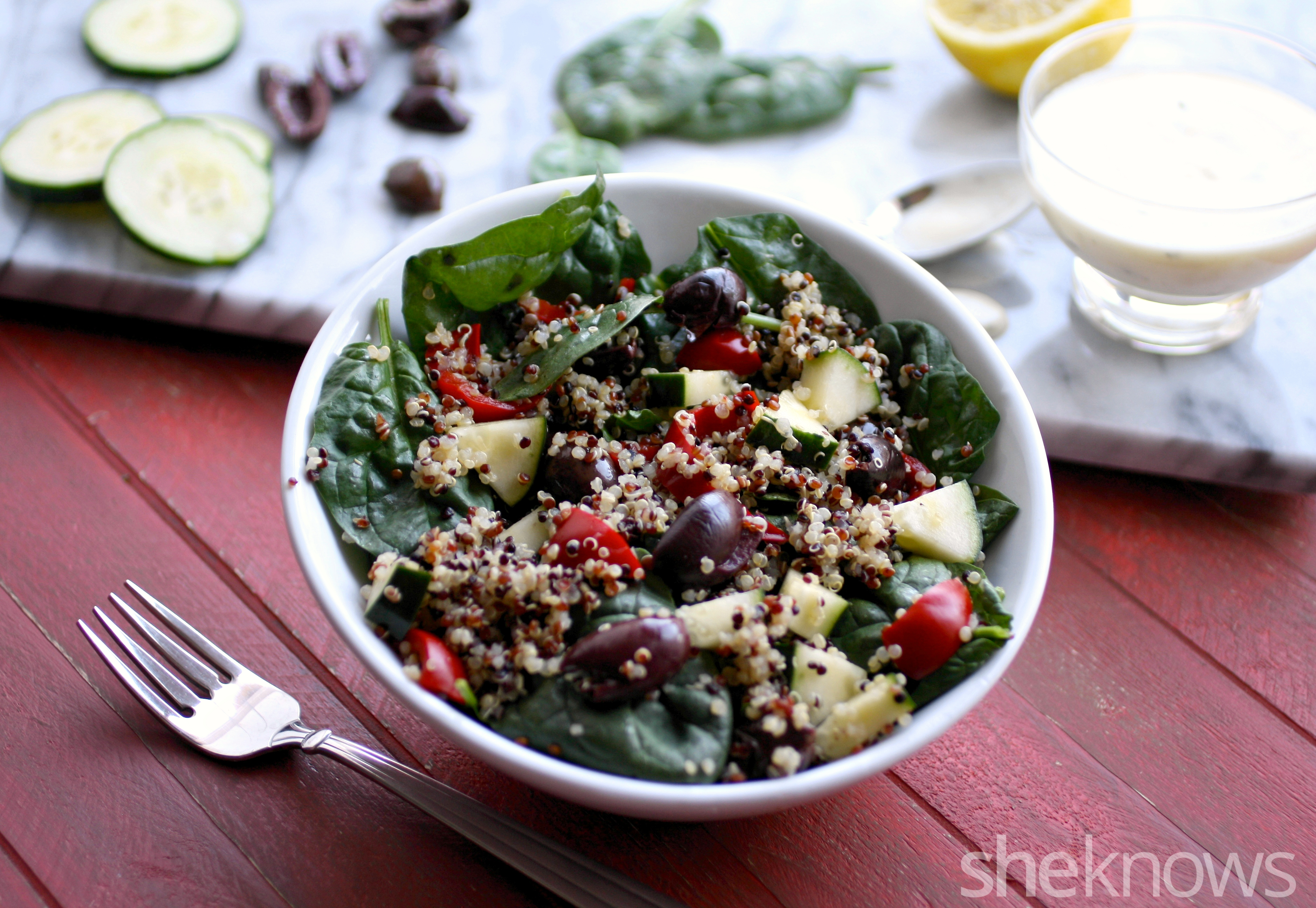 Dig into this hearty and delicious Greek quinoa salad with creamy lemony dressing