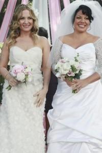 It's the Calzone wedding! Callie & Arizona tie the knot on Grey's Anatomy
