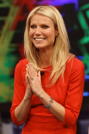 Gwyneth Paltrow appears on a Spanish televisions show.