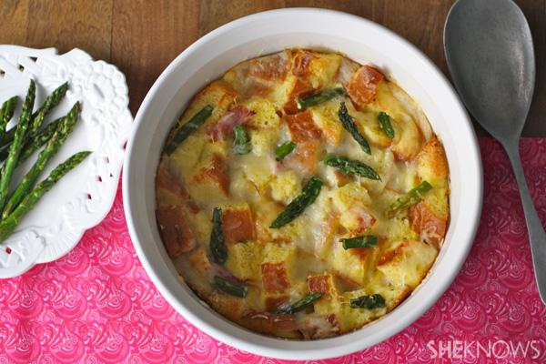 Ham, cheese and asparagus brioche bake