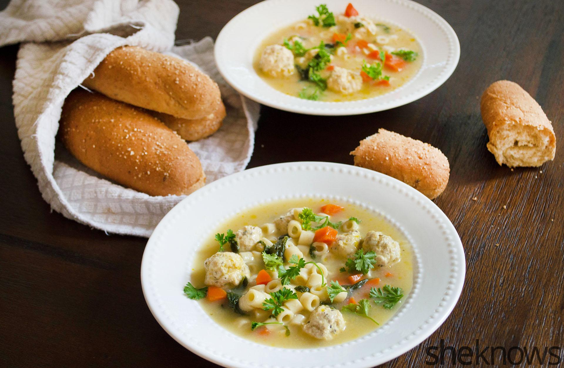 slow cooker weddig soup