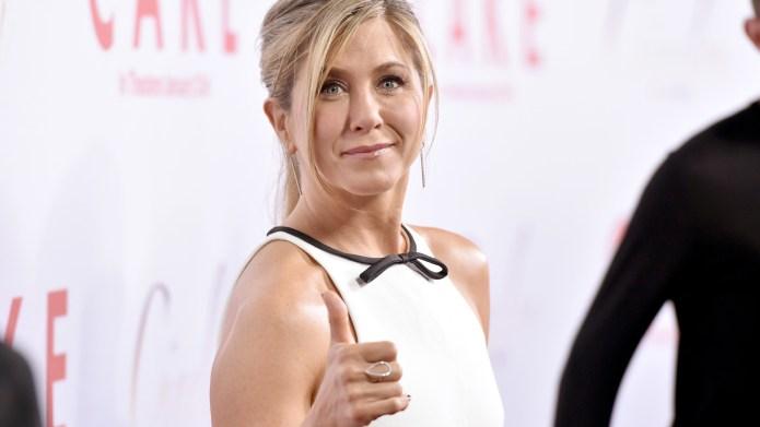 Celebody: Get Jennifer Aniston's hot yogi
