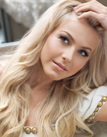 Julianne Hough: DWTS champ to country superstar – SheKnows