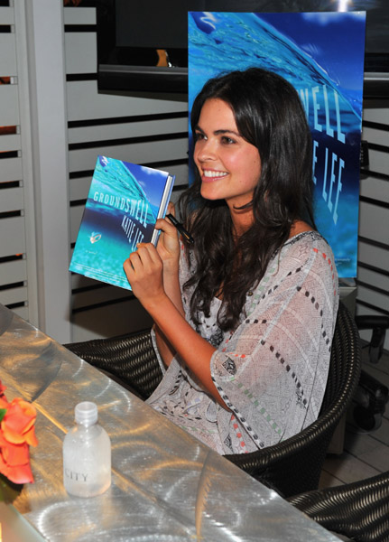 Katie Lee Groundswell Book Signing