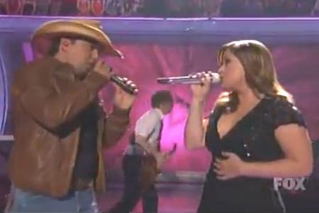Kelly Clarkson and Jason Aldean on American Idol