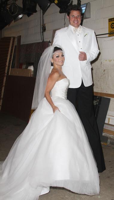 Kelly Ripa and Nick Lachey Halloween costume