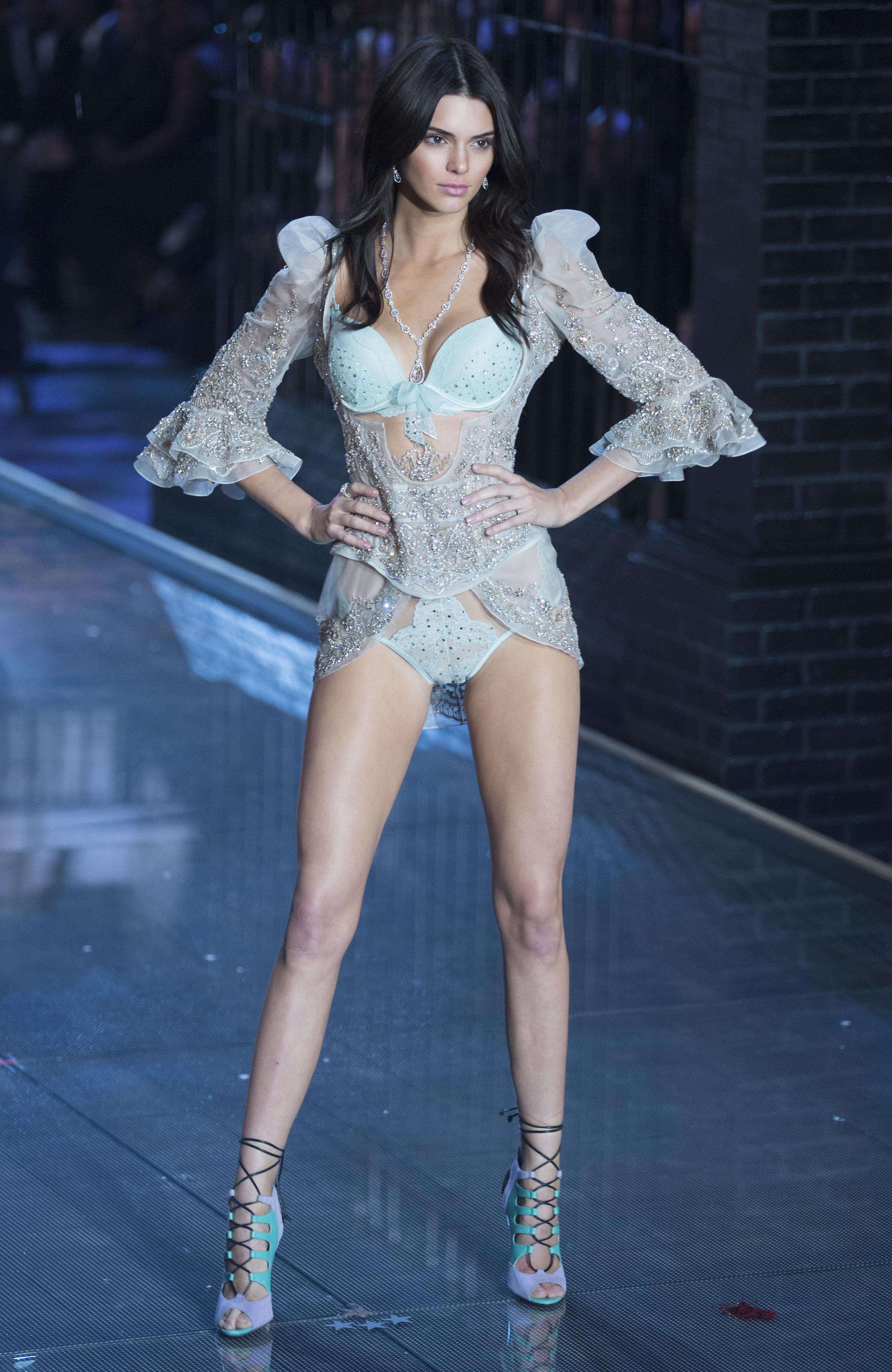 Kendall Jenner walks the 2015 Victoria's Secret runway
