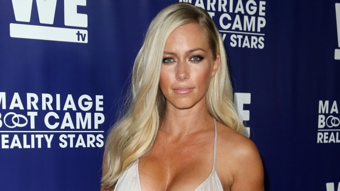 Kendra Wilkinson reveals medical issue that's
