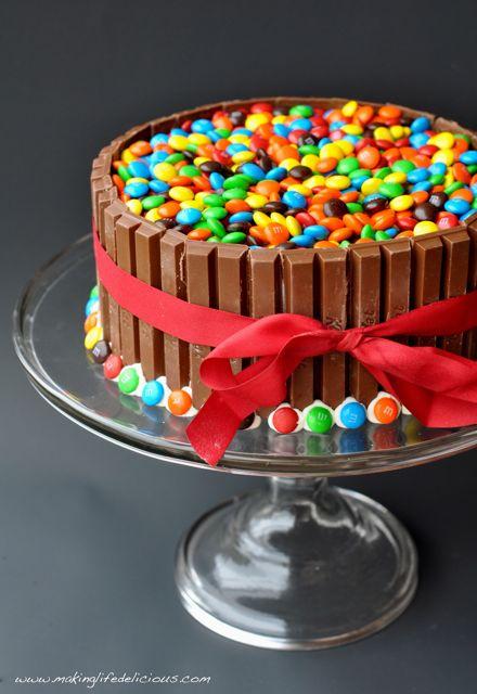 kit kat bar cake