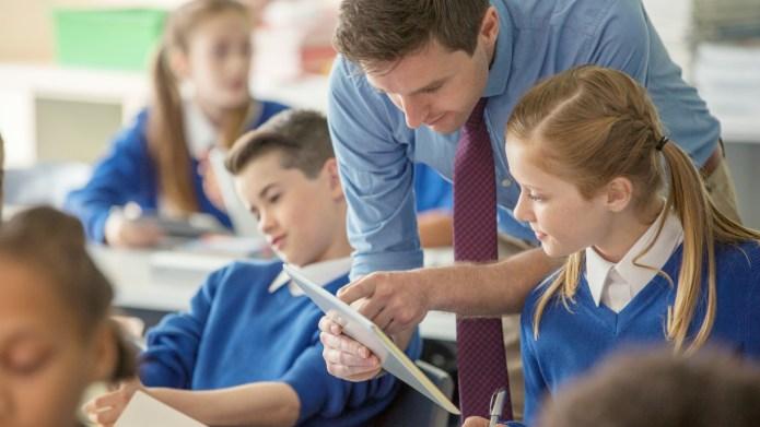 U.K. schools offered grants to employ