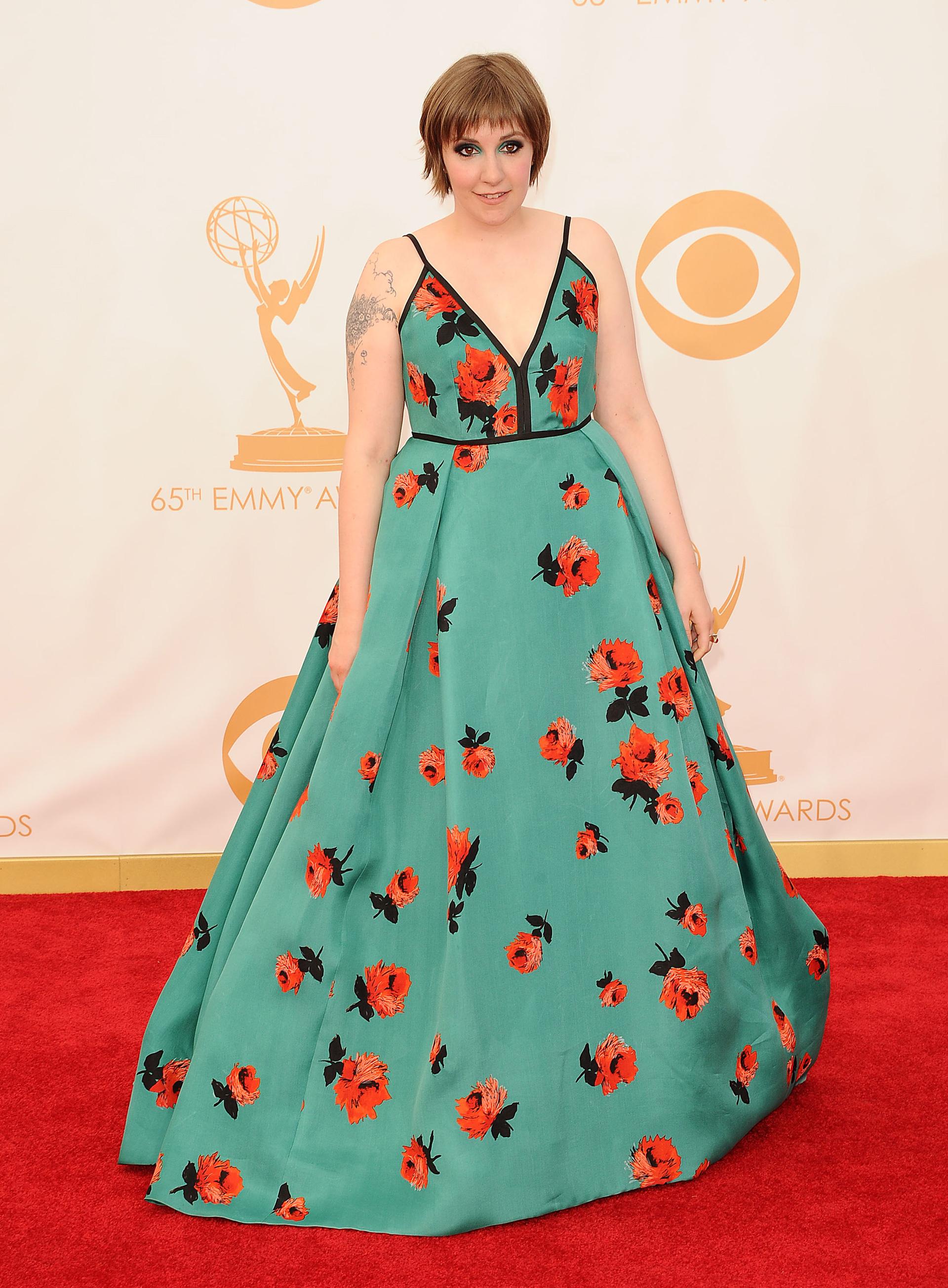 Lena Dunham: Fun with florals