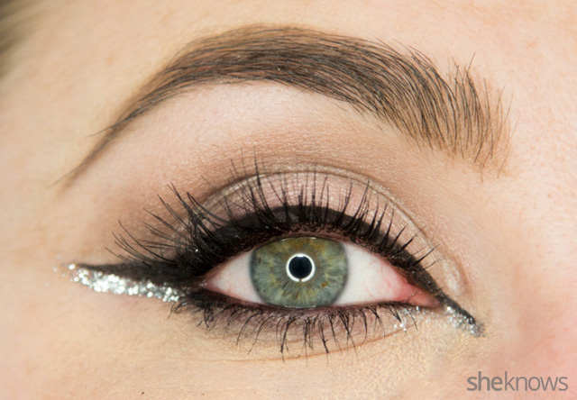 A glitter eye makeup tutorial: Finished