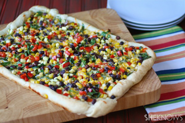 Meatless Monday: Mexican-style pizza