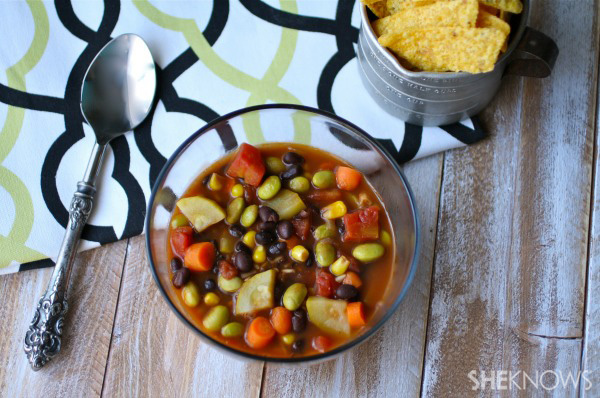 Meatless Monday: Easy bean and veggie chili