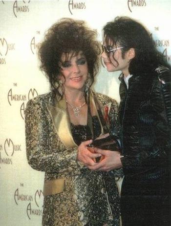 Elizabeth Taylor and her good friend, Michael Jackson