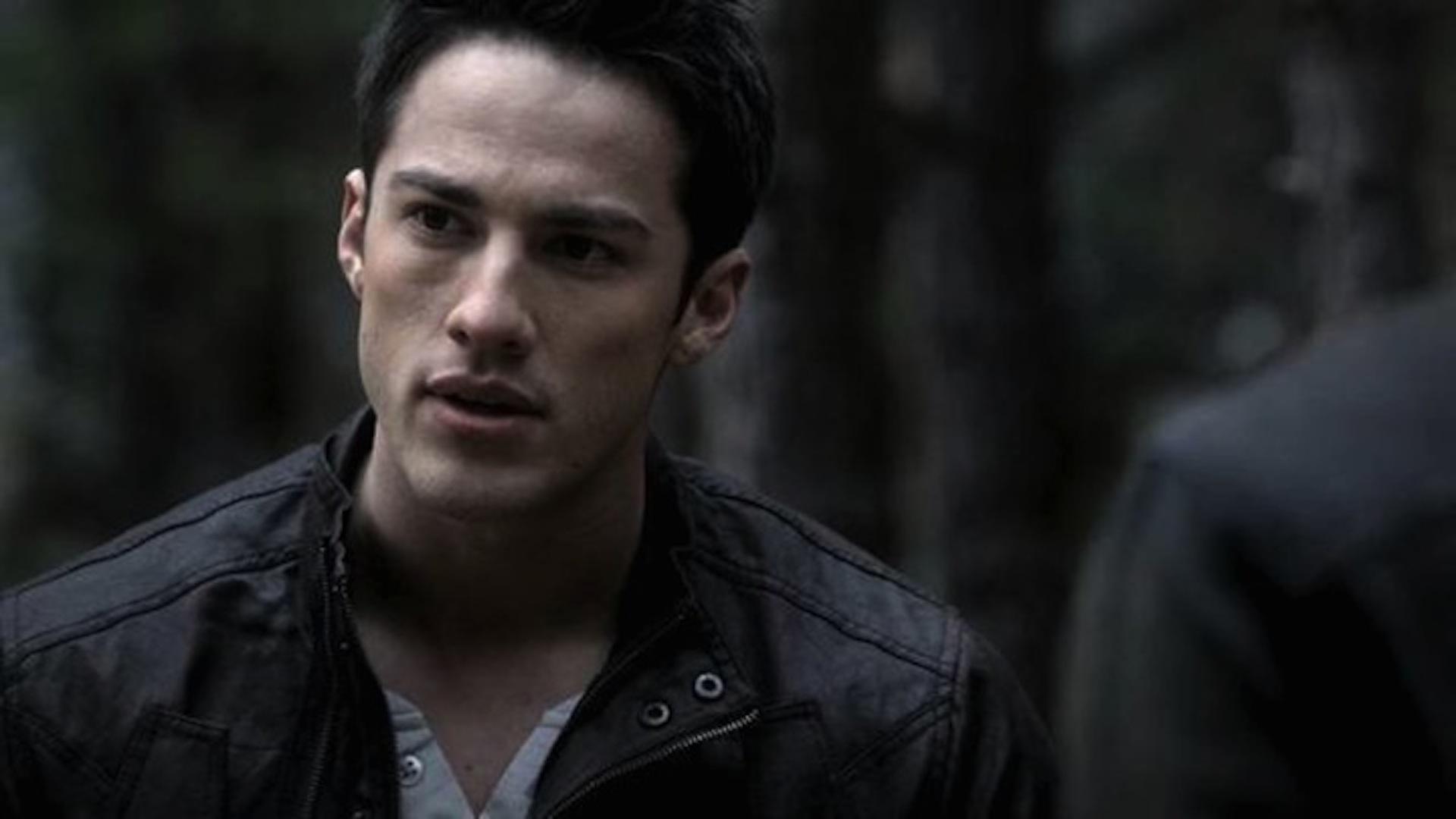 Michael Trevino talks The Vampire Diaries Season 6