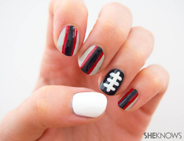 Fan-icure: New England Patriots | Sheknows.com -- stripes