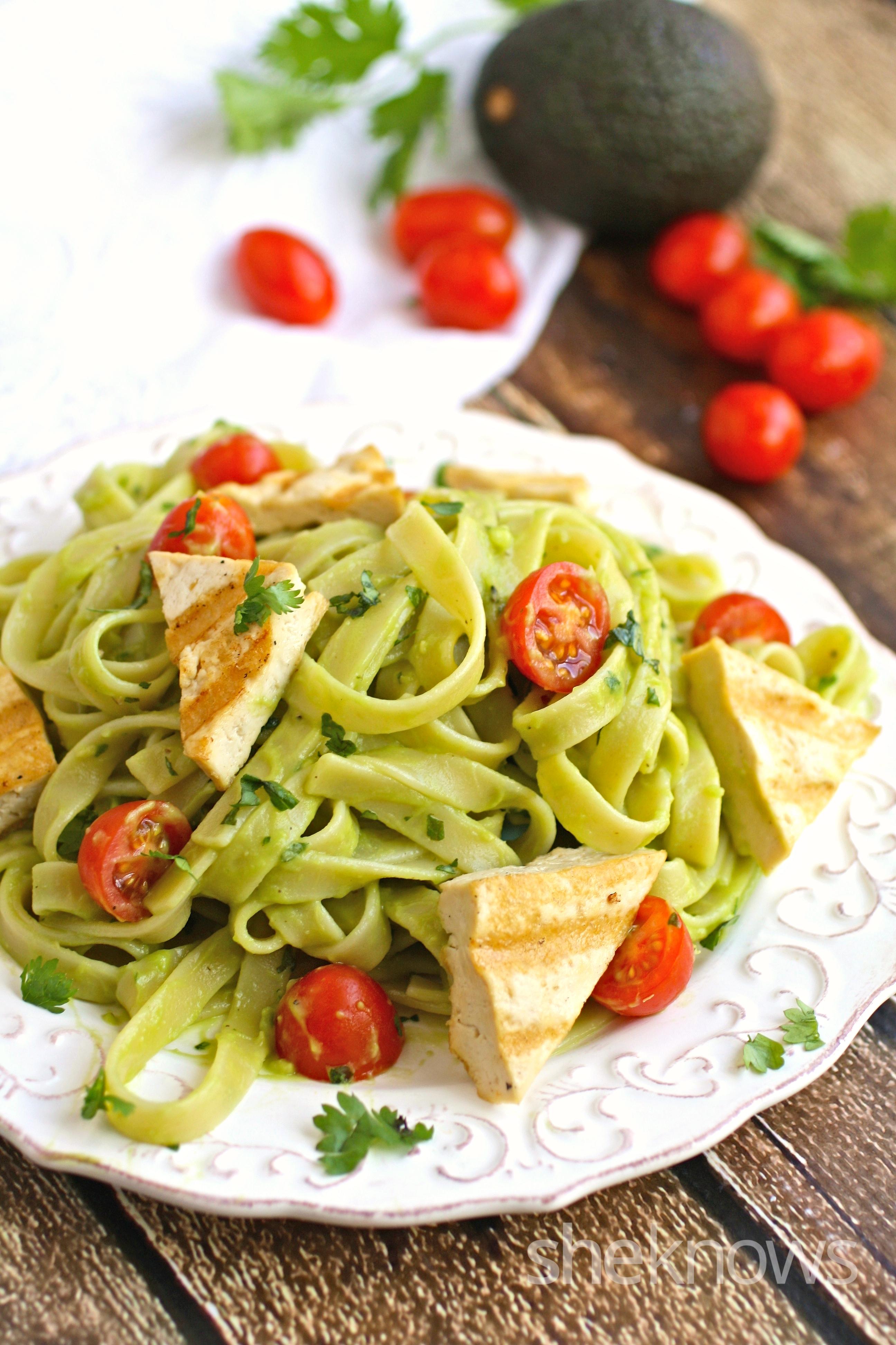 Creamy-cilantro-avocado-noodles-grilled-tofu