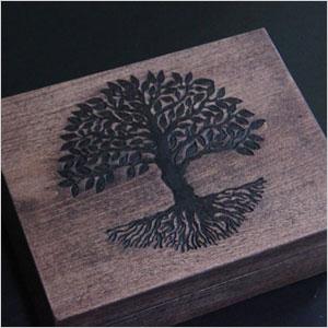 Oak tree box