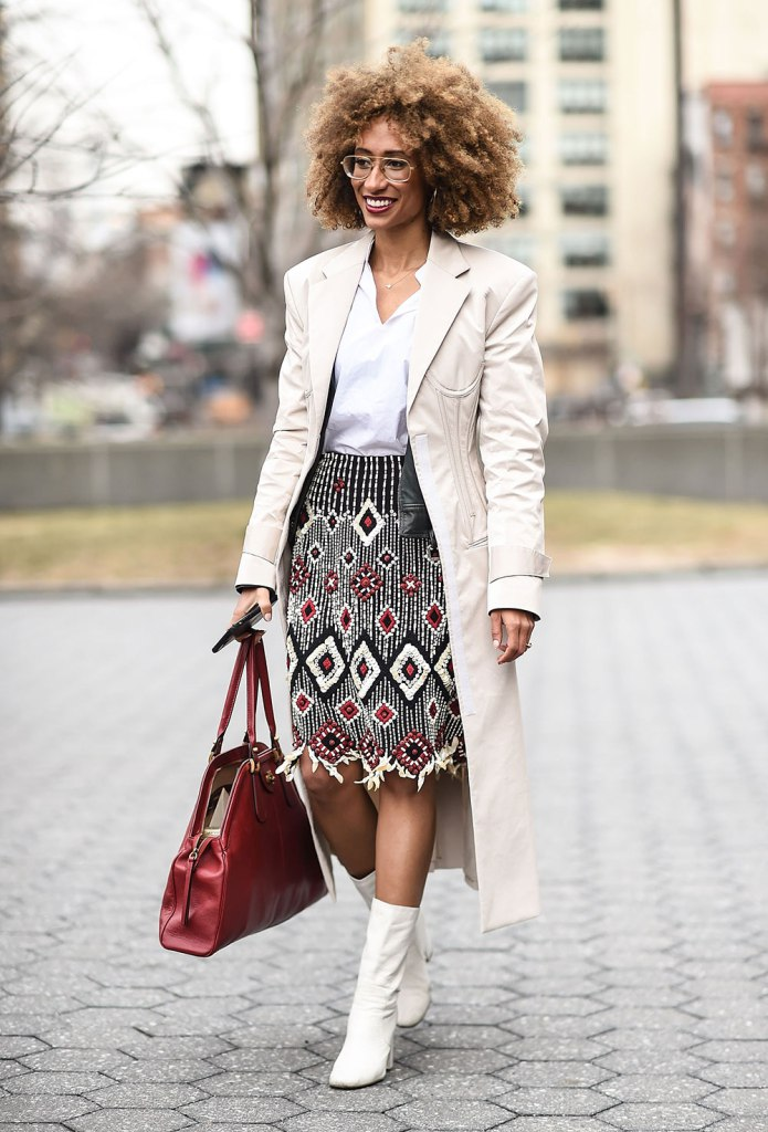 Dressing More Original: Off-white trench with print skirt