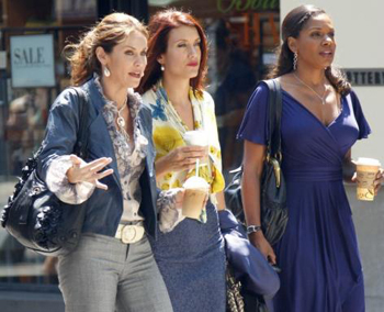 The ladies of Private Practice talk a walk