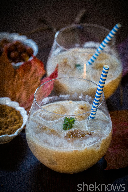 Rum-with-spiced-panela-dark-sugar-syrup-cocktail