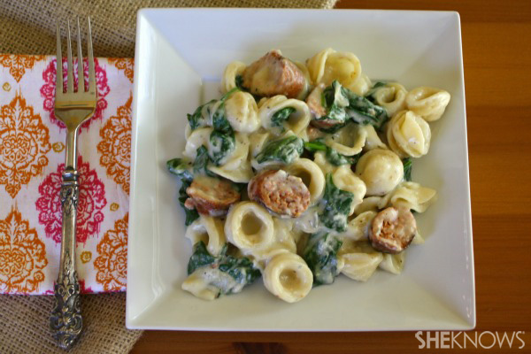 pasta with sausage, spinach and gorgonzola