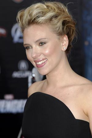 Scarlett Johansson not over Ryan Reynolds divorce