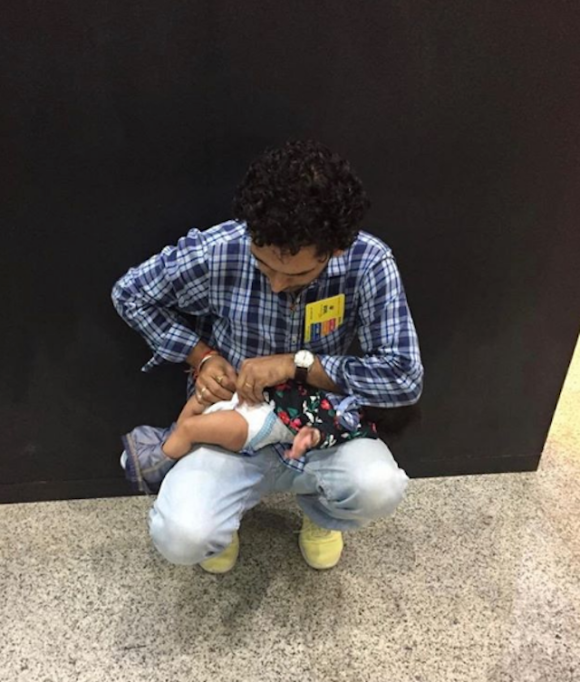 Moments That Defined Parenthood in 2018: Dads Change Babies Too