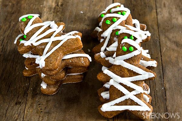 Gluten-free gingerbread mummies