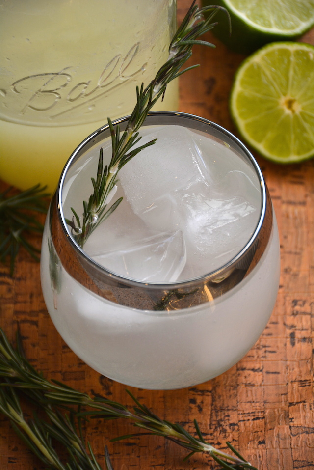 Gin, rosemary, lime and soda