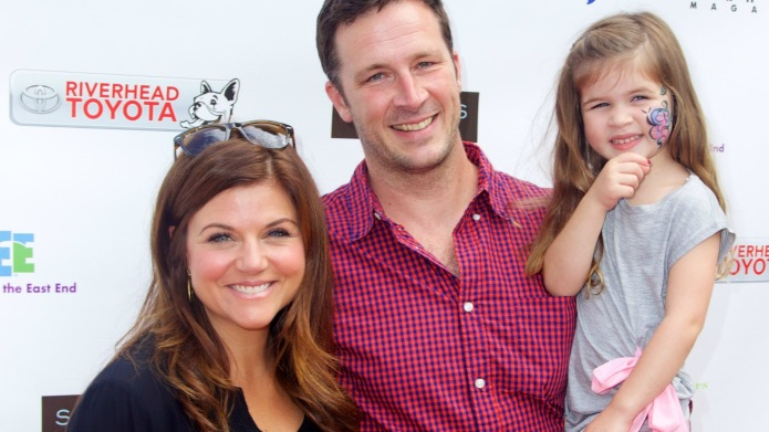 Tiffani Thiessen welcomes a son —