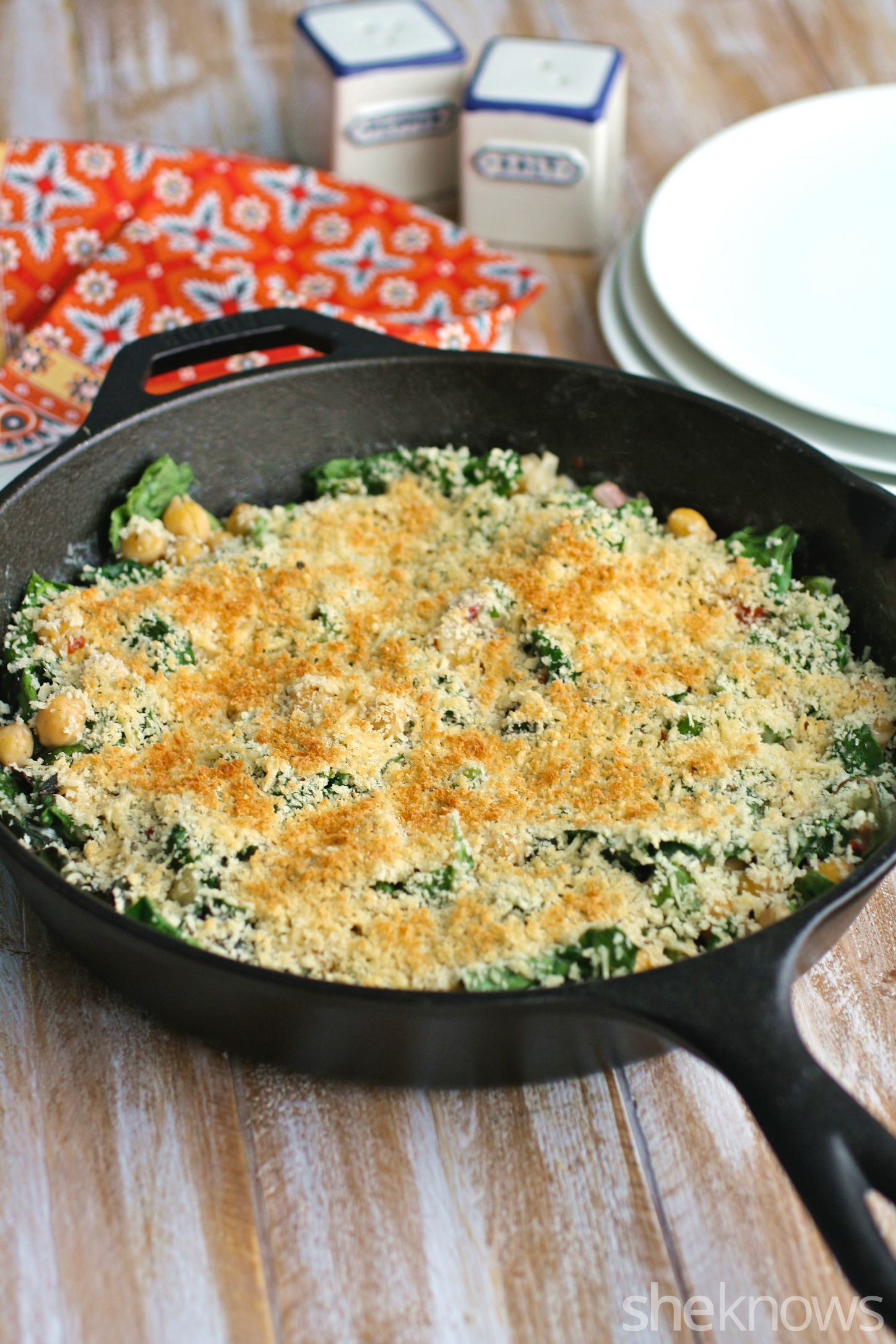 This creamy skillet Swiss chard and chickpeas with crunchy breadcrumbs is a one-pan dish