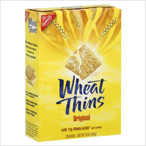 Wheat Thins and fruit
