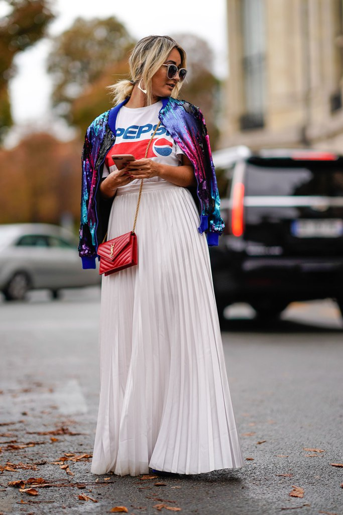 Dressing More Original: Graphic Tee and White Pleated Skirt