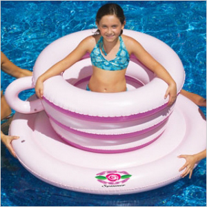 Wonderland Spin-Out Float