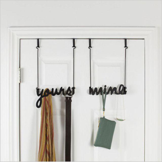 Roommate-friendly door hook
