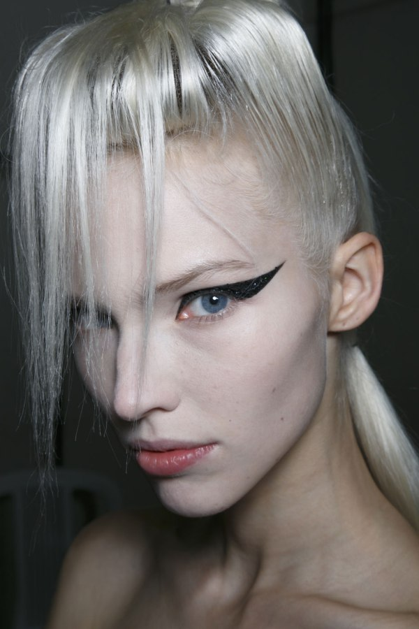 Having And Keeping The Silver Hair Of Your Dreams 3