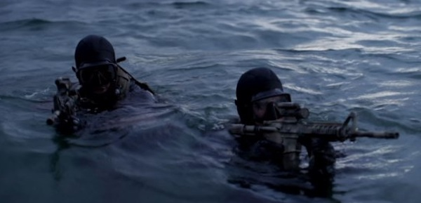 SEALs Strike Violently from Underwater | SpecialOperations.com  |Navy Seals Emerging From Water