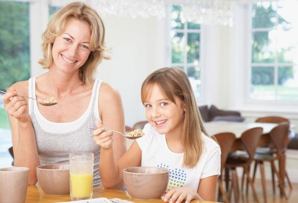 How moms can model healthy breakfast